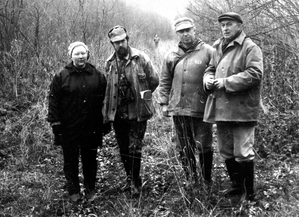 Группа экспертов на 1 Всероссийских состязаниях гончих-перводипломников (Тульская обл., окт.1995 г.)