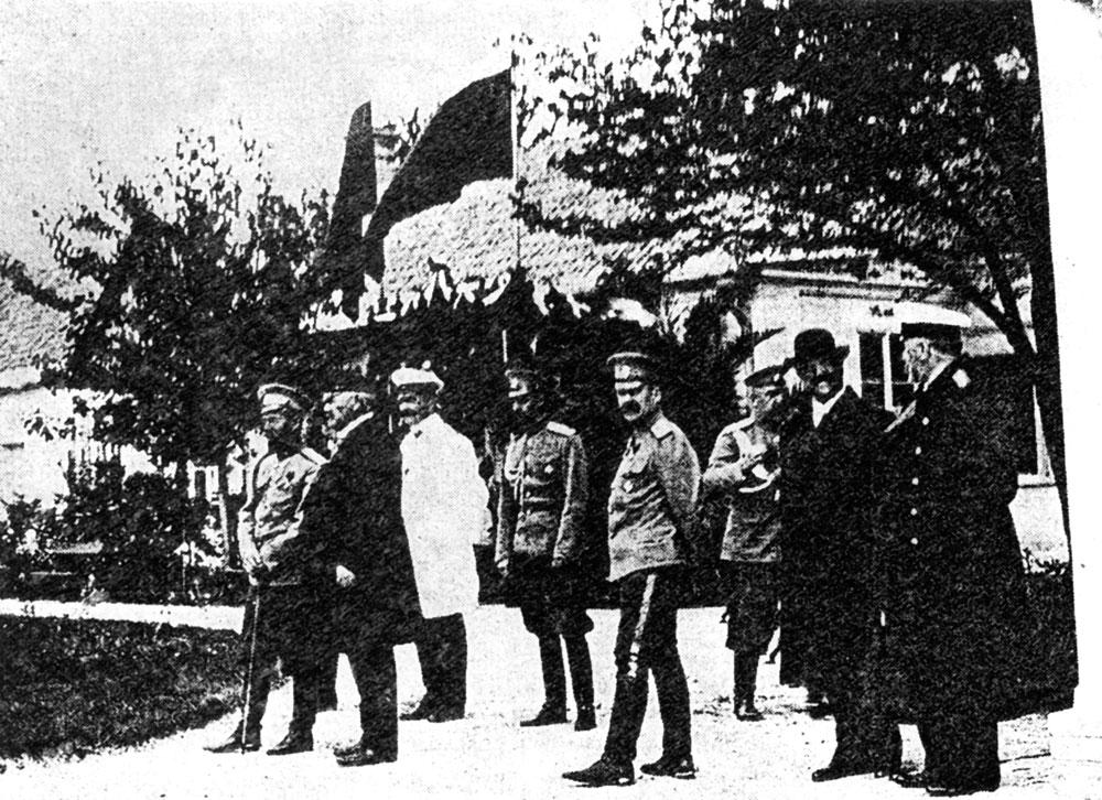 Аскания-Нова. 1914 г. Приём императора Николая II. Справа — Фридрих Эдуардович Фальц-Фейн