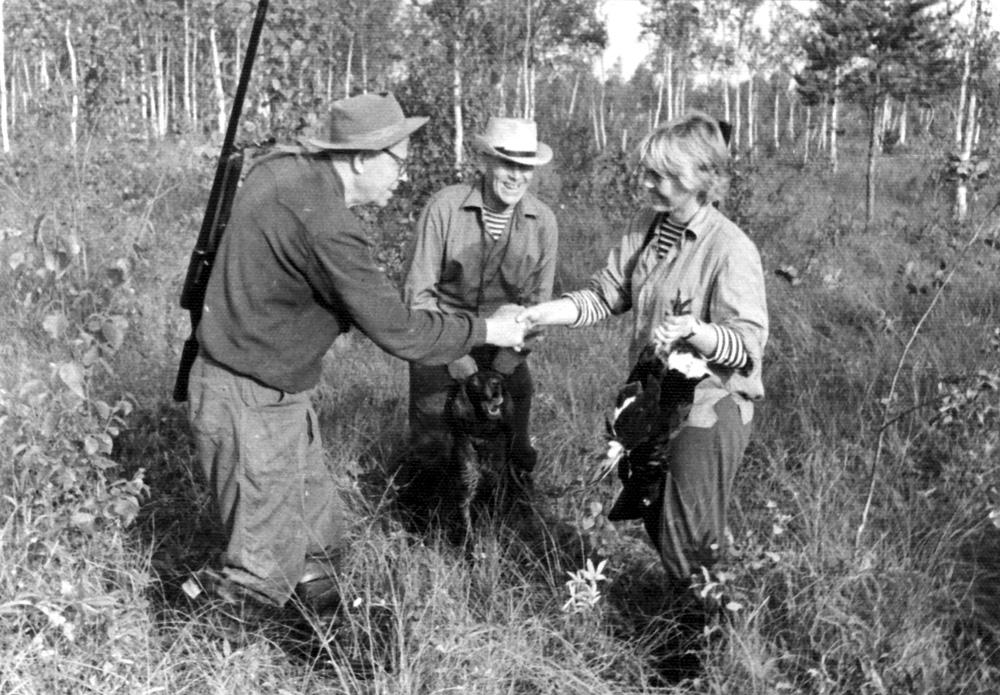 С.С. Писарев, А.А. Ливеровский и О.А. Ливеровская на охоте во Владыкино. 1965 г.
