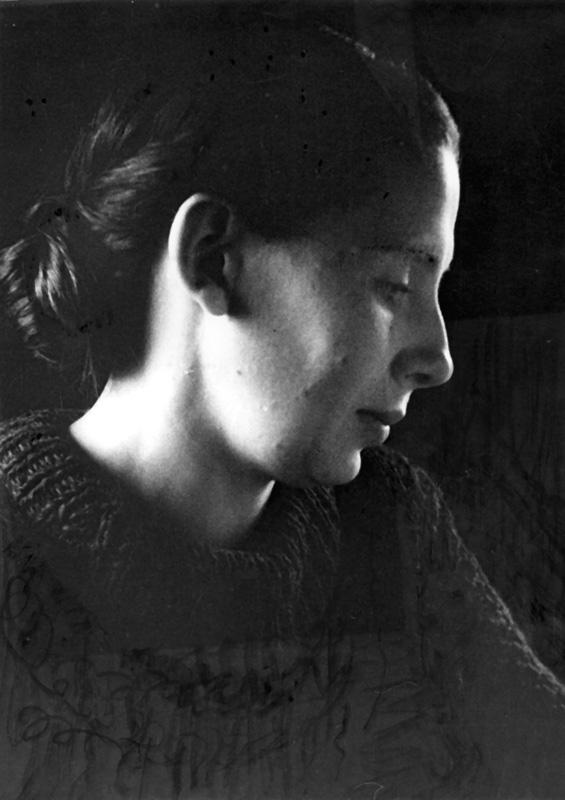 Нина Викторовна Величкина (Ополовникова) (1914—1977)