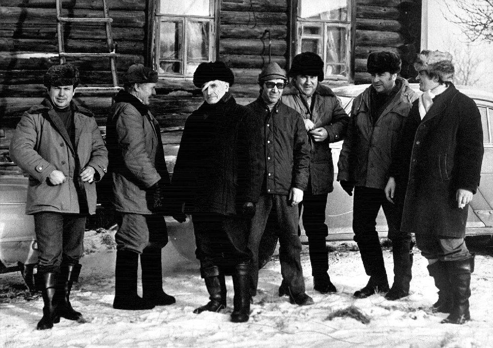 Перед загонной охотой. Тургиново, декабрь, 1981 г.