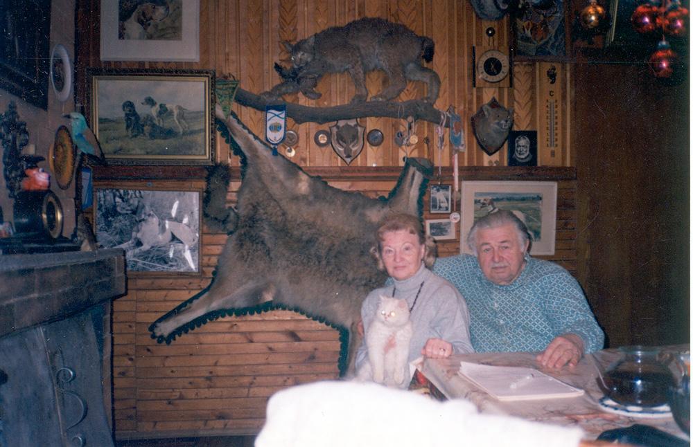 Комната-музей в Салтыковке. А.С.Блистанов и И.Г.Моисеева. 1997 г.